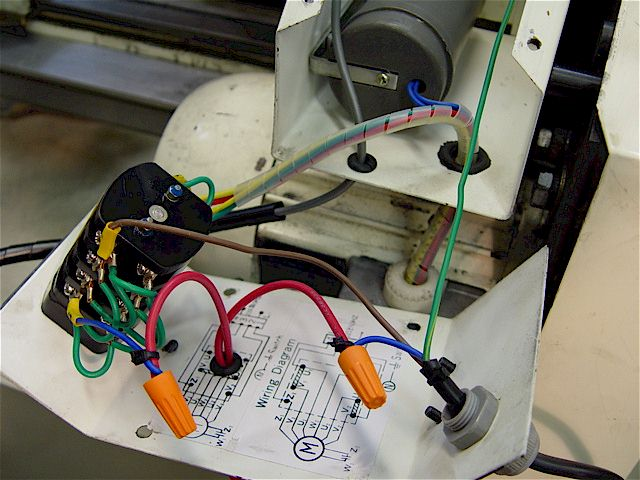 x lathe spindle motor e stop the stop button interrupts the hot 110vac line in l1