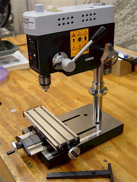 Drill presses chucks for Table x and y